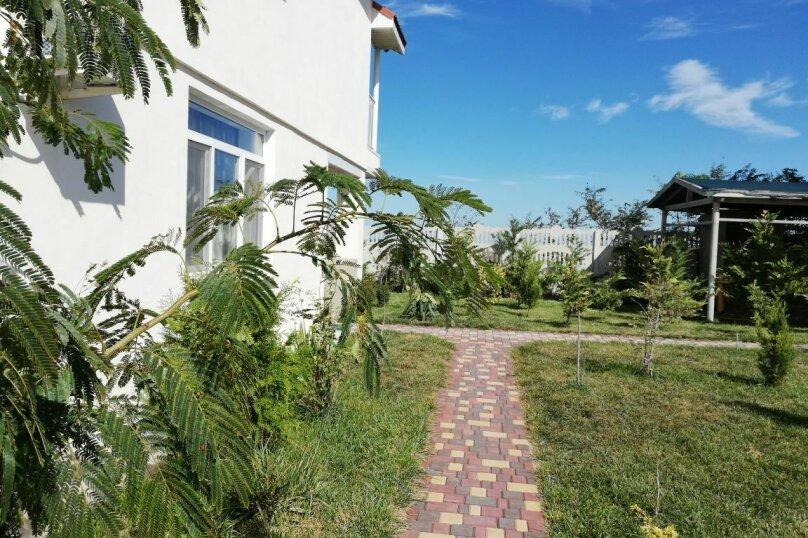 """Гостевой дом """"На Азове"""", Тупиковый переулок, 4 на 2 комнаты - Фотография 1"""