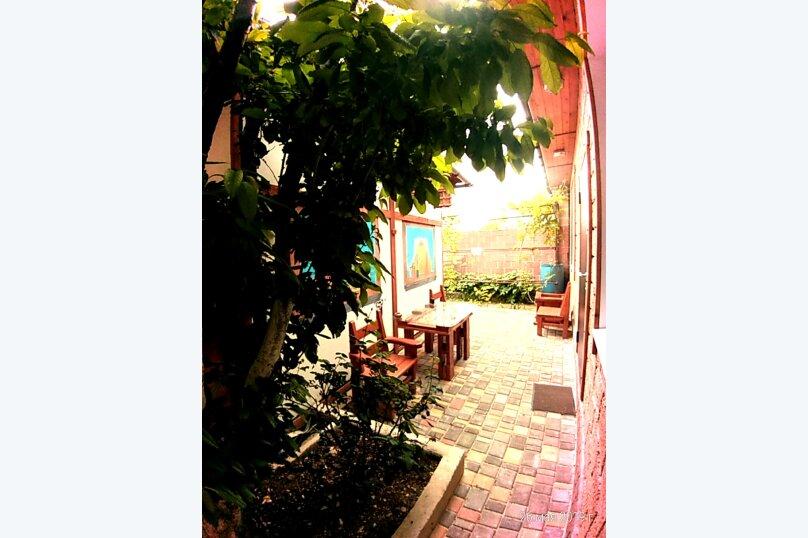 Дом, 30 кв.м. на 4 человека, 1 спальня, 6 линия, 215, Севастополь - Фотография 4
