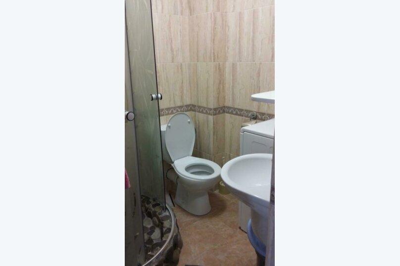 """Гостевой дом """"Премьера"""", улица Багрова, 16А на 2 комнаты - Фотография 26"""