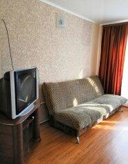 Часть дома с отдельным двором, 36 кв.м. на 5 человек, 2 спальни, Одесская, 68, Ейск - Фотография 1
