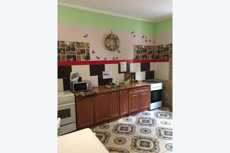 Гостевой дом на Дмитриева, улица Дмитриева, 7 на 8 комнат - Фотография 10