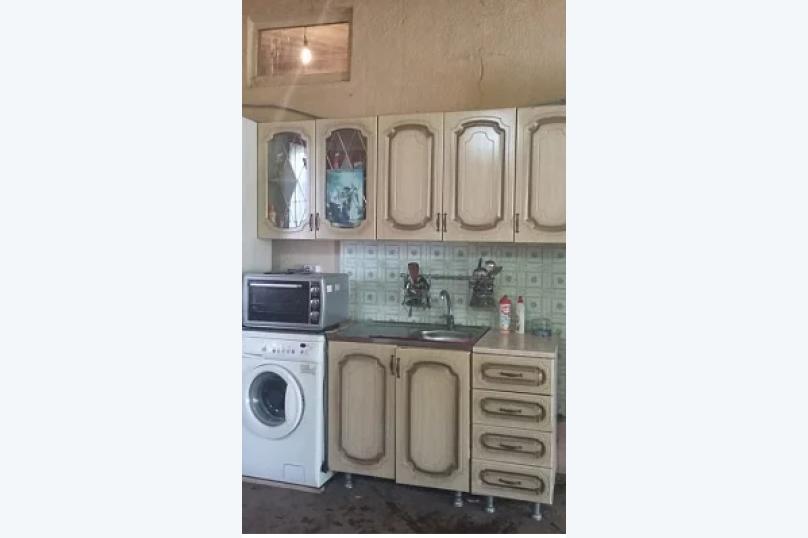 """Гостевой дом """"У Марго"""", улица Адыгаа, 125 на 10 комнат - Фотография 3"""