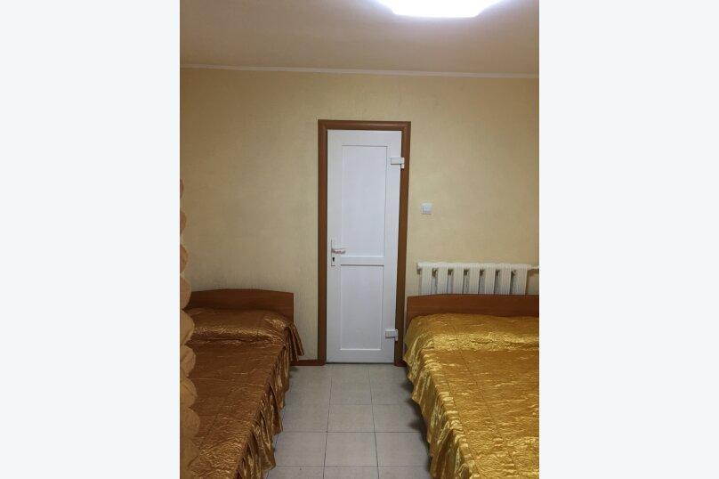 """Гостевой дом """"Бэлла"""", улица Кати Соловьяновой, 87А на 14 комнат - Фотография 13"""