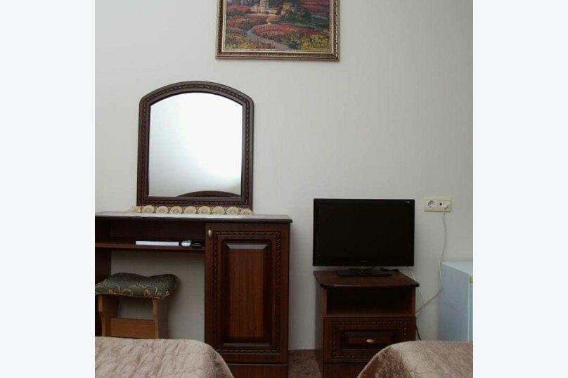 """Гостевой дом """"Альмира"""", Жигулевская улица, 3/1 на 18 комнат - Фотография 3"""
