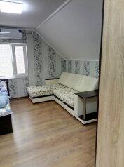 2 Этаж в частном доме, 30 кв.м. на 4 человека, 1 спальня, Морская улица, 207, Ейск - Фотография 3