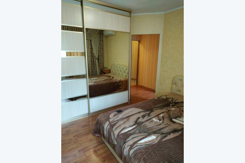 1-комн. квартира, 33 кв.м. на 4 человека, улица Гоголя, 20Д, Севастополь - Фотография 1