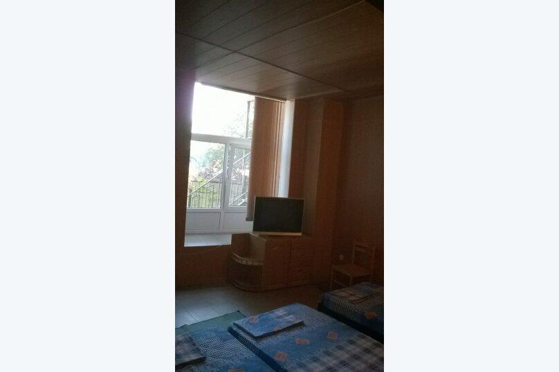 Домик  у кедра, Санаторная улица, 17 на 8 комнат - Фотография 5
