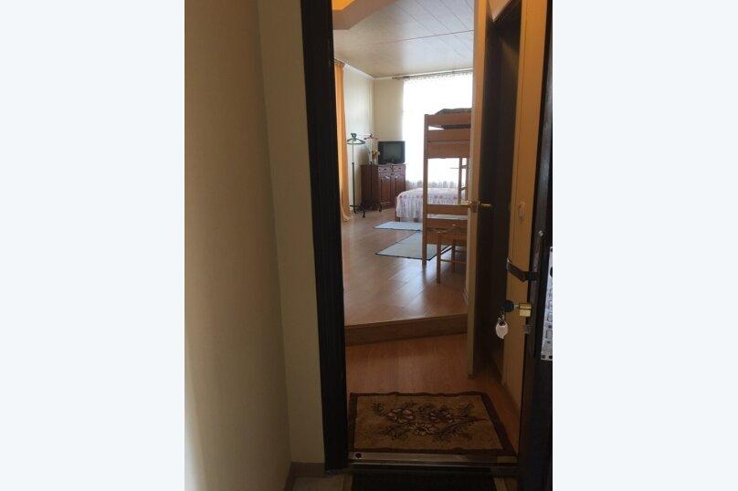 Домик  у кедра, Санаторная улица, 17 на 8 комнат - Фотография 25