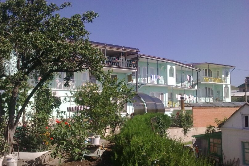 """Мини-гостиница """"Алекс"""", Пограничная улица, 5 на 19 номеров - Фотография 1"""
