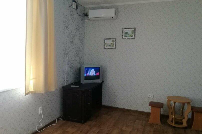 """Гостевой дом """"На Азове"""", Тупиковый переулок, 4 на 2 комнаты - Фотография 10"""