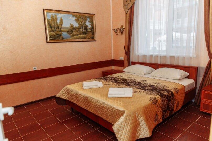 Апартаменты с 1 двуспальной кроватью, Севастопольская улица, 42, Заозерное - Фотография 1
