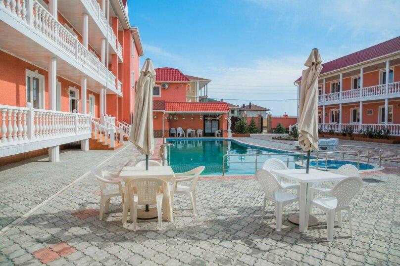 """Отель """"Red HOUSE"""", Севастопольская улица, 42 на 30 номеров - Фотография 19"""