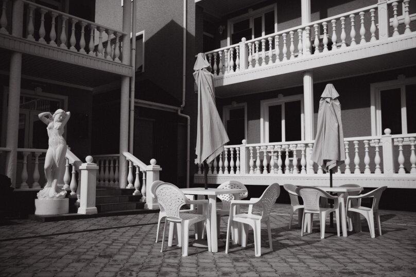 """Отель """"Red HOUSE"""", Севастопольская улица, 42 на 30 номеров - Фотография 22"""