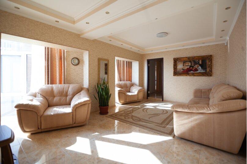 3-комн. квартира, 80 кв.м. на 4 человека, улица Космонавтов, 10, Форос - Фотография 1