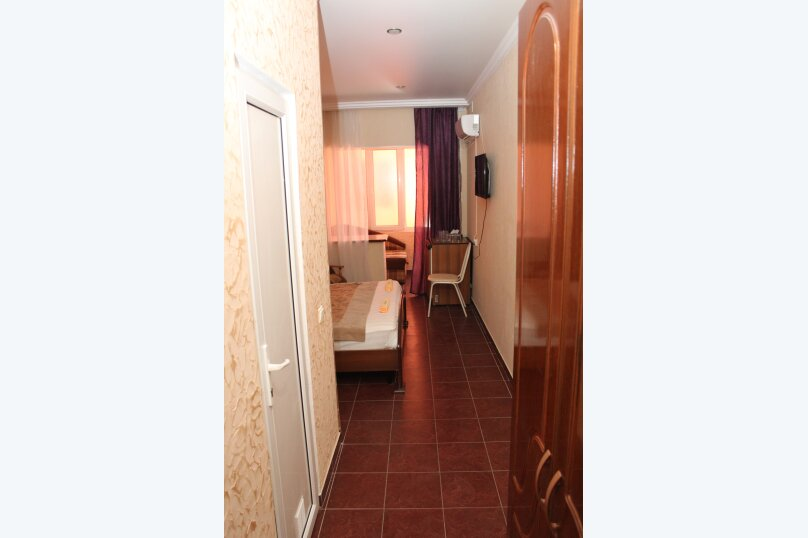 """Отель """"Saluton"""", Черноморская улица, 4Б на 20 номеров - Фотография 44"""