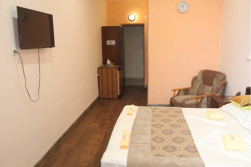 """Отель """"Saluton"""", Черноморская улица, 4Б на 20 номеров - Фотография 32"""