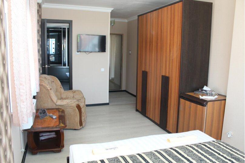 """Отель """"Saluton"""", Черноморская улица, 4Б на 20 номеров - Фотография 144"""