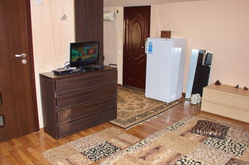1-комн. квартира, 45 кв.м. на 3 человека, улица Кирова, 92, Ялта - Фотография 12