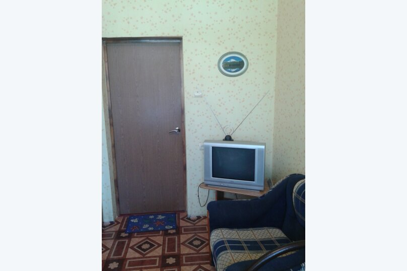 Гостиница 955376, улица Луначарского, 300 на 3 комнаты - Фотография 4