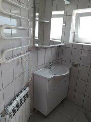Дом для летнего отдыха для компании 3-8 человек, 72 кв.м. на 8 человек, 2 спальни, улица Павленко, 43А, Черноморское - Фотография 4