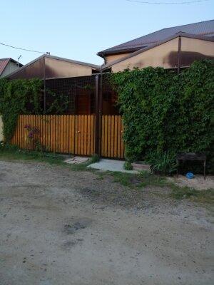 Летние домики у Азовского моря, Кубанская улица, 34 на 2 номера - Фотография 1