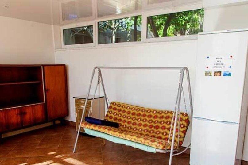 """Гостевой дом """"Дача в Гагре"""", Кабардинская улица, 133 на 4 комнаты - Фотография 7"""
