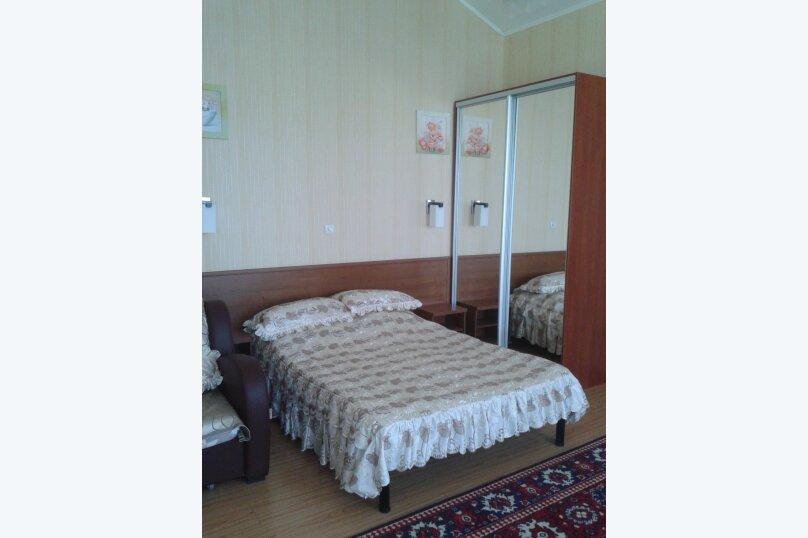 """Гостевой дом """"Маримелла"""", Севастопольское шоссе, 38б на 3 комнаты - Фотография 13"""