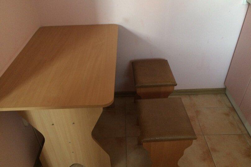 """Гостевой дом """"На Абрикосовой 235"""", Абрикосовая , 235 на 9 комнат - Фотография 5"""