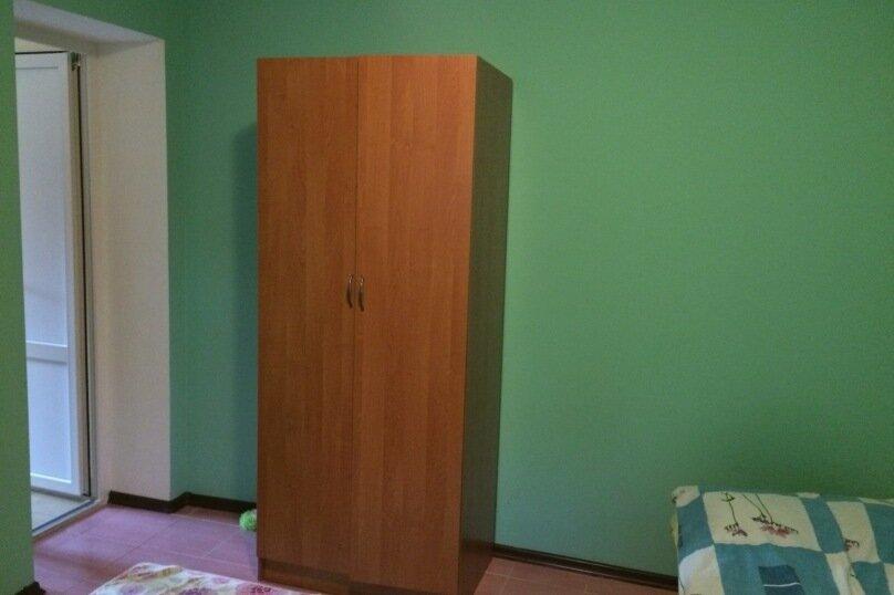"""Гостевой дом """"На Абрикосовой 235"""", Абрикосовая , 235 на 9 комнат - Фотография 7"""