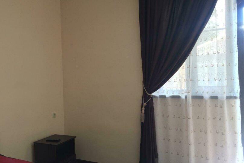 """Мини-гостиница """"На Лакоба 9А"""", улица Лакоба, 9А на 5 номеров - Фотография 37"""