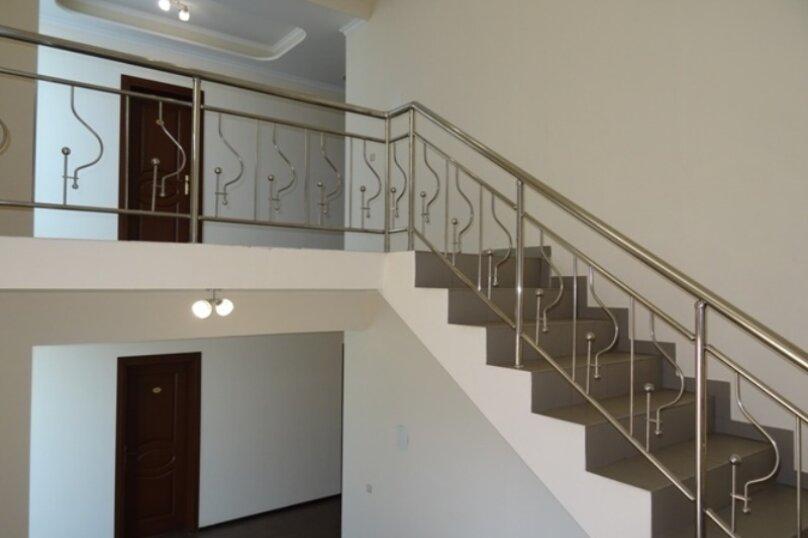 """Отель """"Арстаа"""", Сухумская улица, 8 на 20 комнат - Фотография 3"""