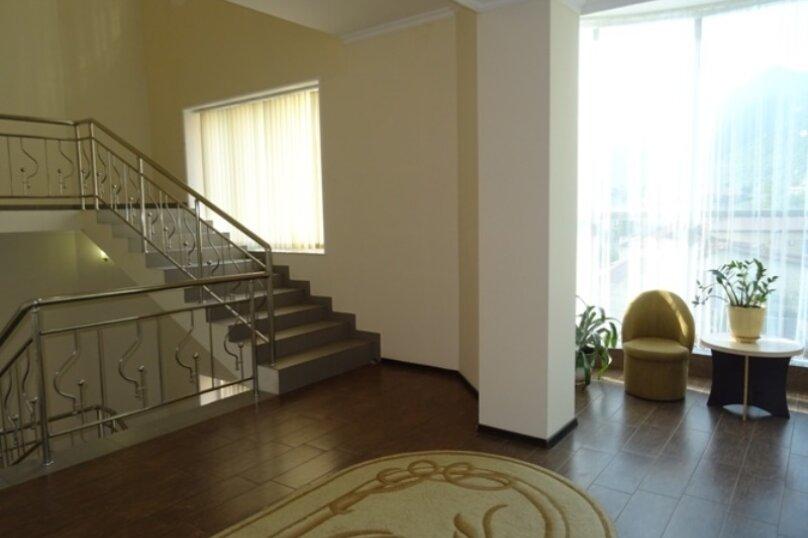 """Отель """"Арстаа"""", Сухумская улица, 8 на 20 комнат - Фотография 4"""