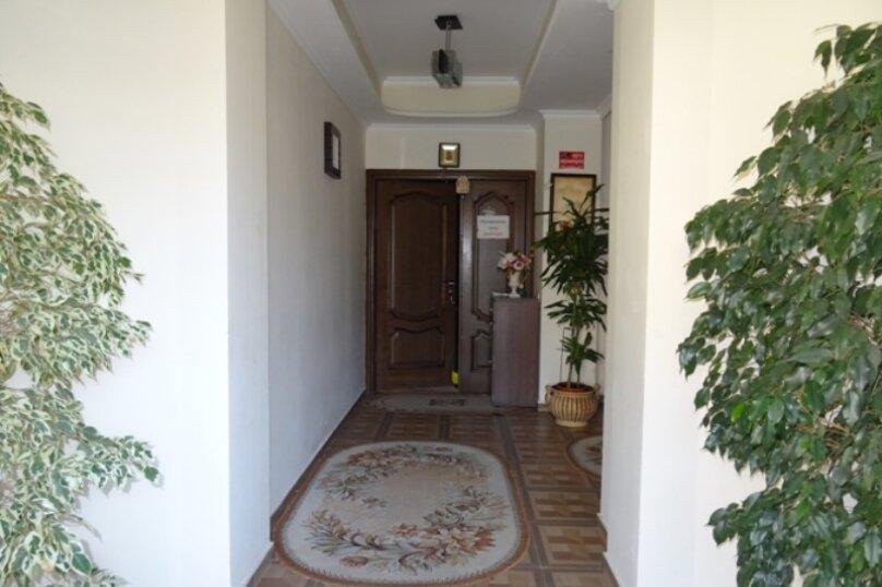 """Отель """"Арстаа"""", Сухумская улица, 8 на 20 комнат - Фотография 6"""