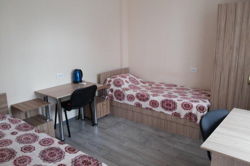 """Гостевой дом """"Малахов Курган"""", Белостокская улица, 48 на 8 комнат - Фотография 2"""