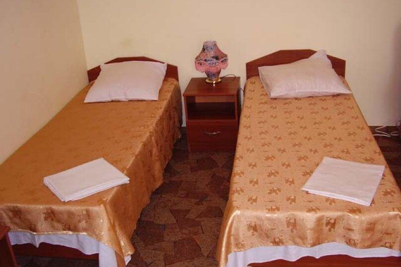 """Отель """"Престиж"""", улица Лазарева, 106А на 4 комнаты - Фотография 20"""