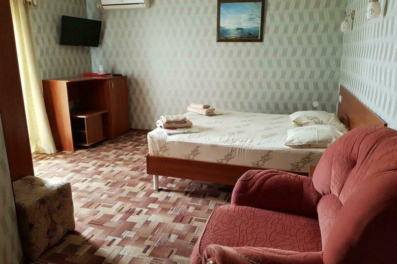 """Отель """"Престиж"""", улица Лазарева, 106А на 4 комнаты - Фотография 12"""