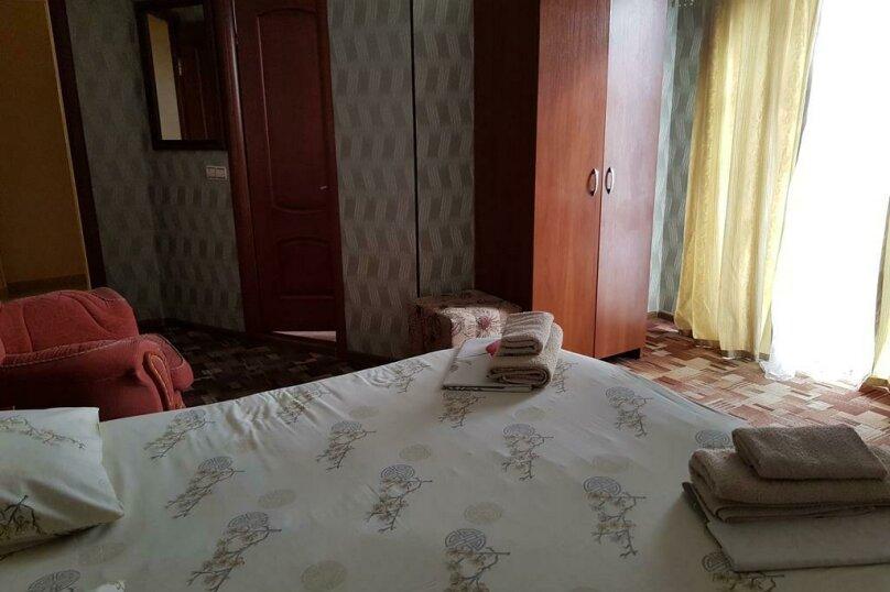 """Отель """"Престиж"""", улица Лазарева, 106А на 4 комнаты - Фотография 13"""