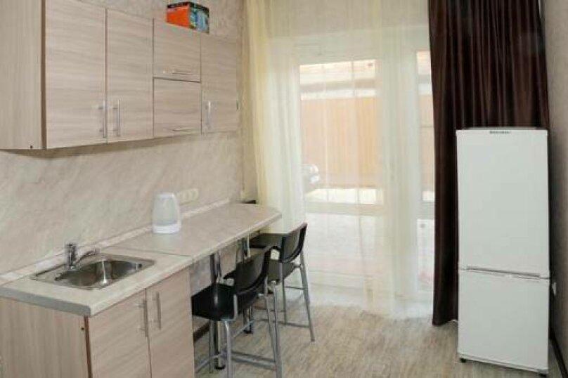 """Мини-отель """"Гольфстрим"""", Краснодарская улица, 24 на 7 комнат - Фотография 8"""