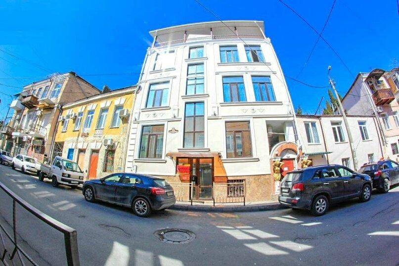 Мини -отель 953749, улица Дражинского, 32 на 5 номеров - Фотография 1