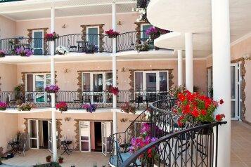 Гостиница , Демирджилер, 5 на 15 номеров - Фотография 1