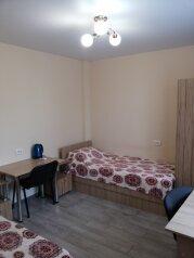 """Гостевой дом """"Малахов Курган"""", Белостокская улица, 48 на 8 комнат - Фотография 1"""