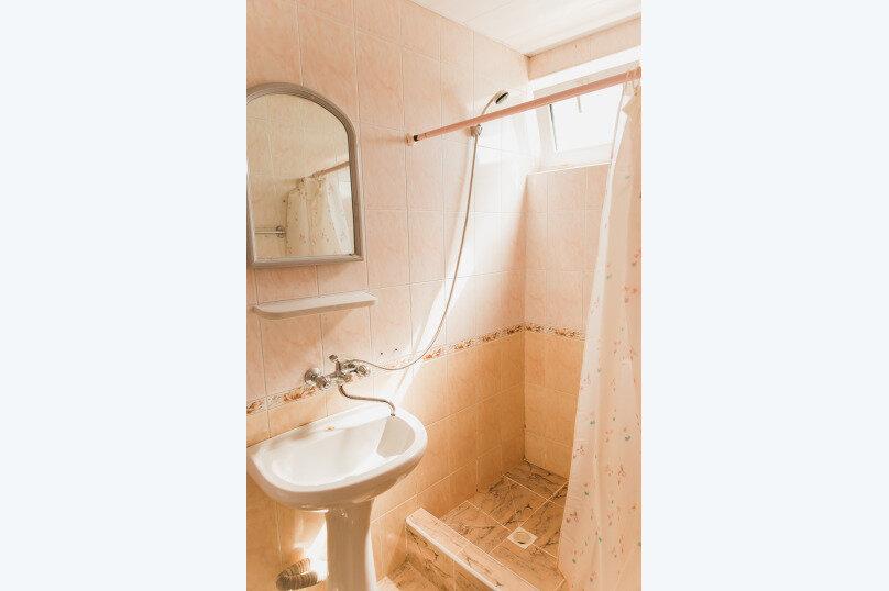 """Гостевой дом """"Клевер"""", Медовая улица, 24 на 28 комнат - Фотография 32"""