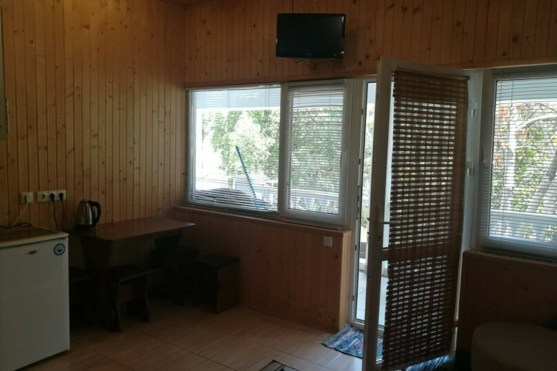 Четырехместный номер с кухней и с балконом 3,4, Алупкинское шоссе, 11Г, Мисхор - Фотография 4