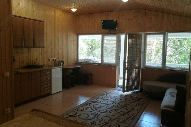 Четырехместный номер с кухней и с балконом 3,4, Алупкинское шоссе, 11Г, Мисхор - Фотография 9