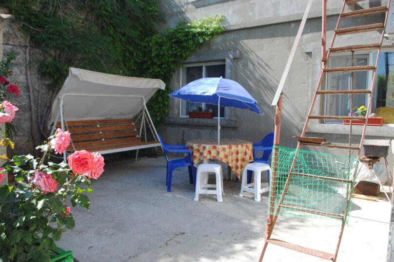 Двухкомнатный дом со двором, 80 кв.м. на 6 человек, 3 спальни, улица Шмидта, 22, Евпатория - Фотография 18
