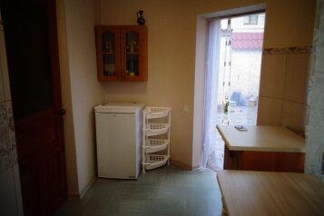 Дом, 23 кв.м. на 2 человека, 1 спальня, Мичурина, 22, Саки - Фотография 3
