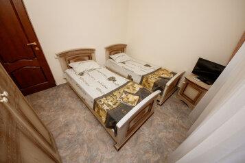 Гостевой дом, Янтарная улица, 32 на 24 номера - Фотография 4