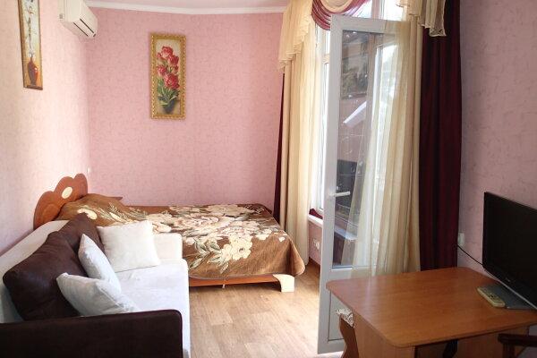 1-комн. квартира, 35 кв.м. на 3 человека, улица Розы Люксембург, 18, Алупка - Фотография 1