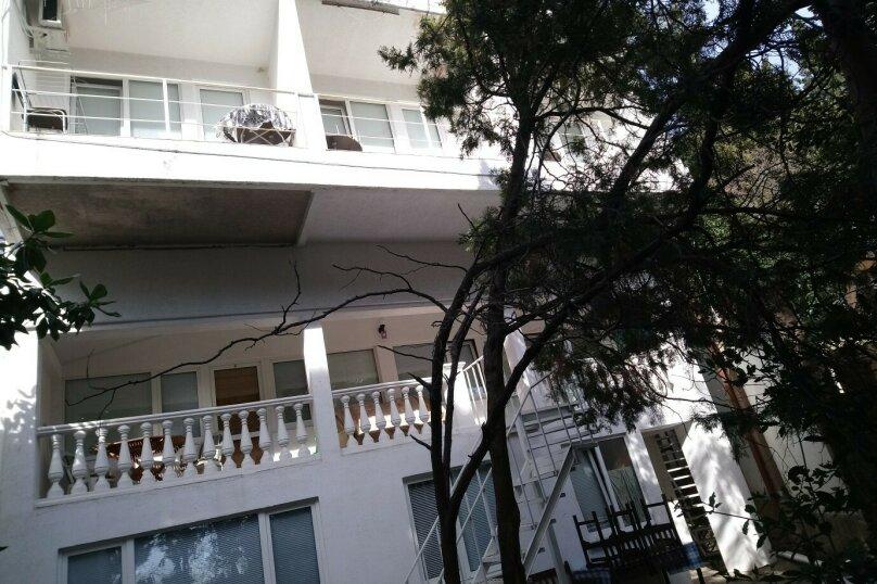 """Гостевой дом """"Атлантис"""", Алупкинское шоссе, 11Г на 17 комнат - Фотография 2"""