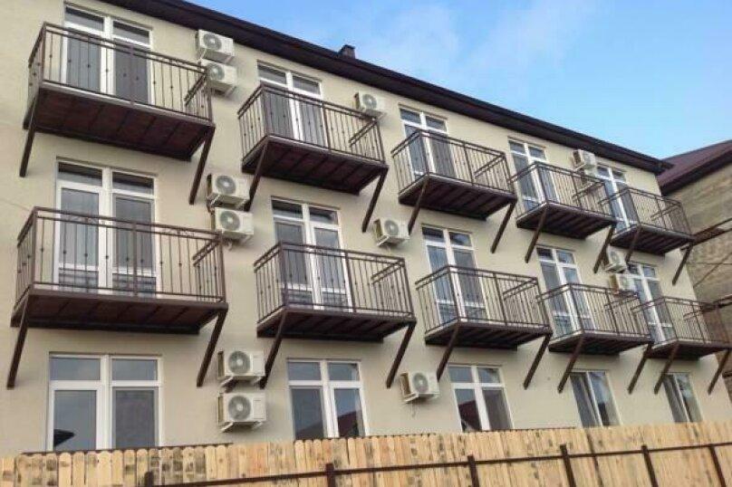 """Гостевой дом """"Пути ветра"""", улица Воина Шембелиди, 6 на 24 комнаты - Фотография 3"""